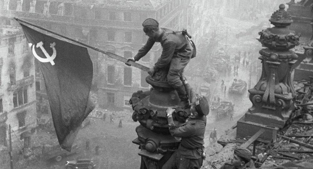 Phim-Nga-va-Xo-Viet-nen-xem-mot-lan-trong-doi