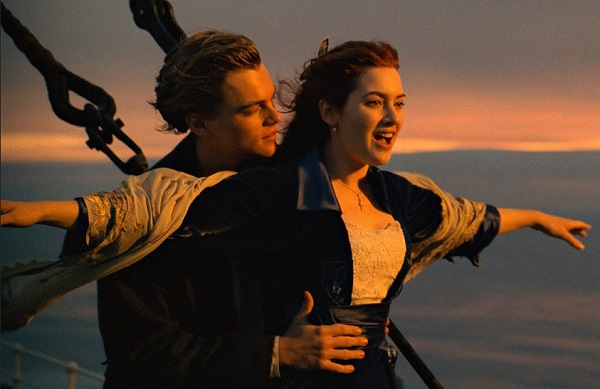 Phim-titanic-da-thanh-cong-vang-doi-va-mang-ve-nhieu-giai-thuong-gia-tri