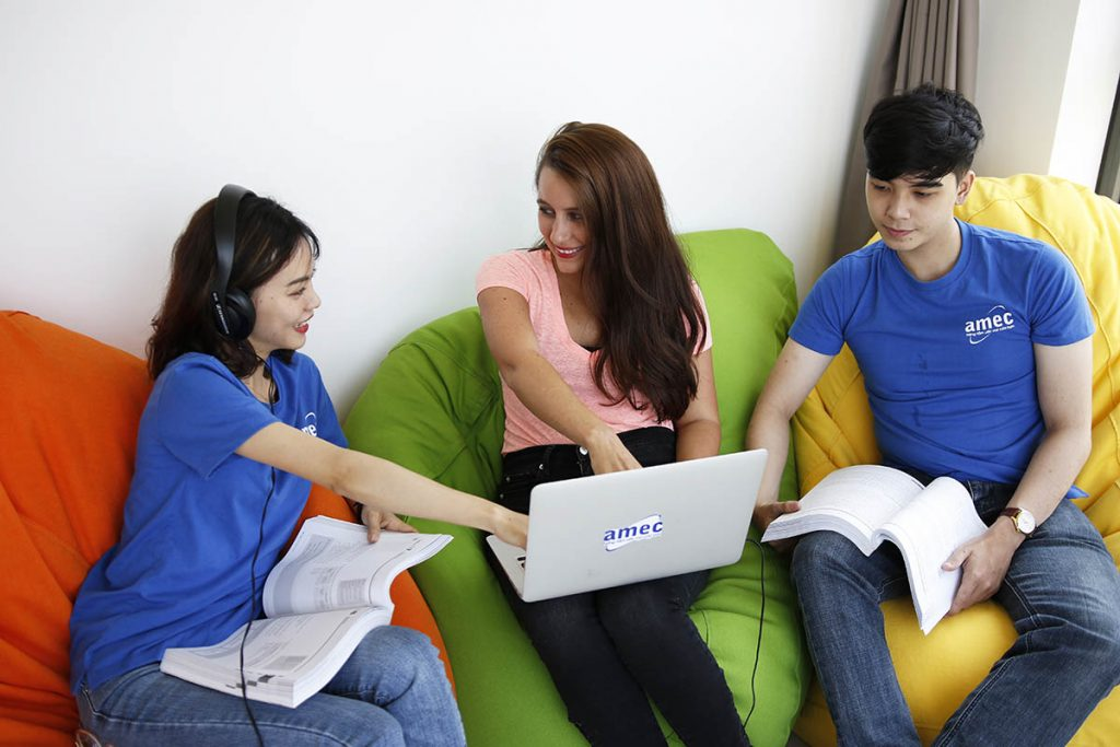 Các website học online miễn phí hay và bổ ích nhất